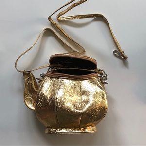 Handbags - BNWOT Gold Tea Pot Purse
